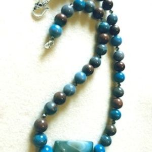 Jewelry - Agate Necklace